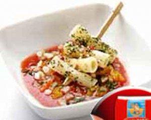 Шашлычки из макарон с Супом а-ля гаспачо
