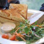 Печеночный паштет с салатом