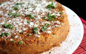 Запеканка из фасоли с мясом и луком