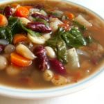 Суп фасолевый на мясном бульоне